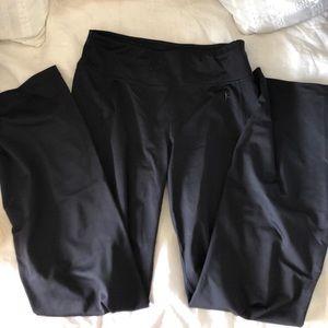 Black Yoga/athletic pants